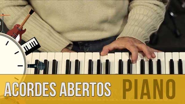 Como Fazer Acordes Abertos no Piano