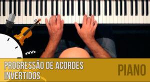 Progressão de acordes invertidos no piano