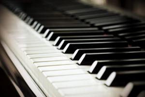 como-tocar-piano